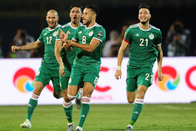 برشلونة مهتم بلاعب الجزائر