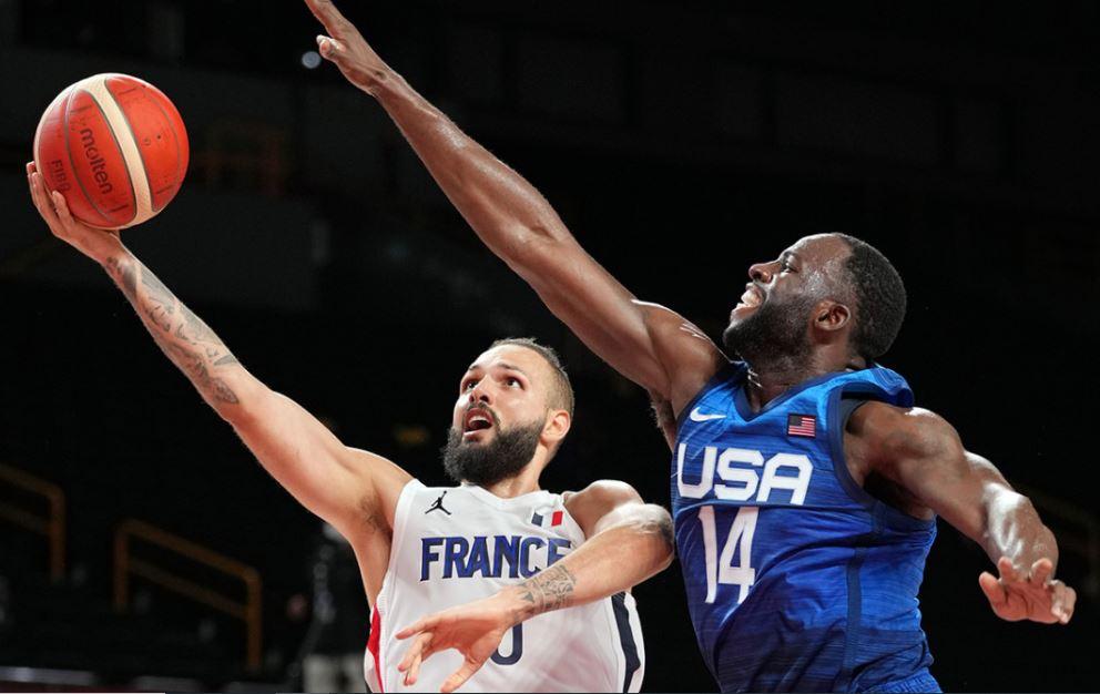 فرنسا تفوز على أمريكا في كرة السلة طوكيو 2020